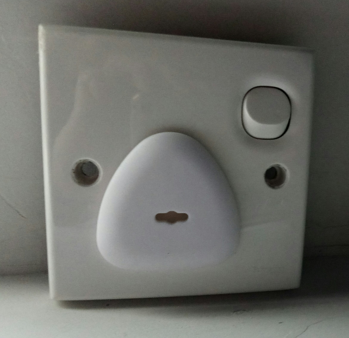 Outlet protector for kids safety